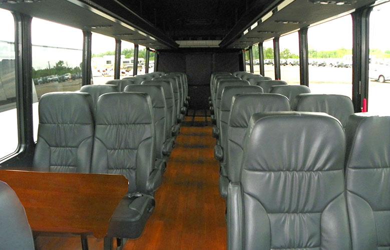 shuttle-tour_Federal-int-black-Premier.jpg